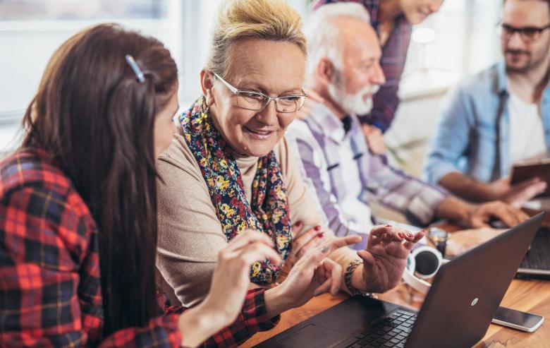 edukacja cyfrowa seniorów